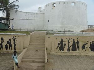 320px-Cape_Coast_Castle_2.JPG